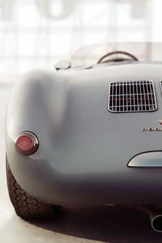thevisualrepublic:  Porsche 550 (1953-1956) Read More