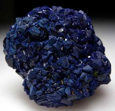 Floater cluster of Azurite crystals, fully crystallized on all sides. Shi Lu Cooper Mine, Guangdong Prov., China