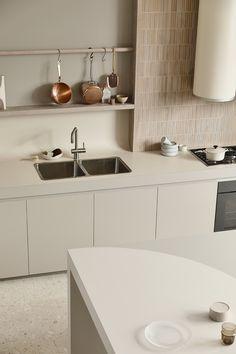 Beige Kitchen, Kitchen Dining, Kennedy Nolan, Classic Kitchen, Minimalist Kitchen, Nordic Interior Design, Kitchen Interior, Home And Living, Home Kitchens