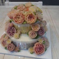 칠순케이크로 주문주신 2단케이크 #눈속에피는꽃 #앙금플라워 #앙금플라워떡케이크 #문래동 #떡케이크 #앙금플라워케이크 #cake #flowercake #선물 #앙금떡케이크 #앙금꽃케이크 #앙금 #특별한날 #감사합니다 #칠순케이크 #2단케이크 #flower #선물