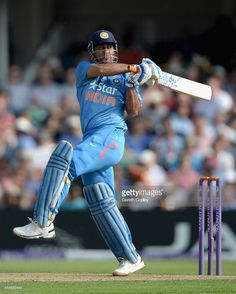 Mahendra Singh Dhoni of India bats during the Royal London One Day International between England and India at Headingley on September 2014 in Leeds, England. Icc Cricket, Test Cricket, Cricket Sport, 2015 Cricket World Cup, Dhoni Quotes, Ms Dhoni Wallpapers, One Day International, Ms Dhoni Photos, India Cricket Team
