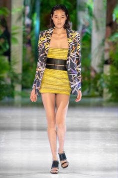 Azzaro Fall 2018 Couture Collection - Vogue
