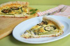 Весенний пирог со спаржей Vegetable Pizza, Quiche, Vegetables, Breakfast, Food, Morning Coffee, Essen, Quiches, Vegetable Recipes