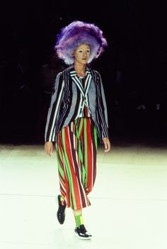 See the complete Comme des Garçons Spring 1996 Ready-to-Wear collection.