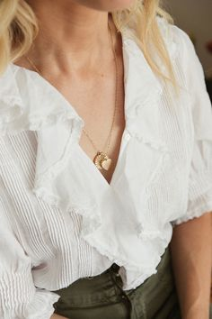 Lumière Locket by Ariel Gordon & Taylor Sterling Best Eyebrow Products, Classic Style, My Style, Spring Summer Fashion, Vintage Fashion, Vintage Style, Casual, Going Out, High Fashion