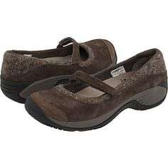 Can I just have all my shoes be Merrells? I have worn my red ballet flats to school, all kinds of standing/walking jobs, hiking, rain/snow/mud, concrete or off-trail. And they still look professional and cute with almost all my outfits. Darn their pricetag.