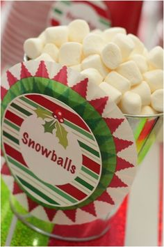 Party food Ideas for Christmas Birthday www.spaceshipsand… - How To Make Crazy PARTY Christmas Birthday Party, Winter Birthday, 1st Birthday Parties, Birthday Celebration, Christmas Party Snacks, Grinch Christmas Party, Christmas Appetizers, Christmas Sweets, Christmas Cookies
