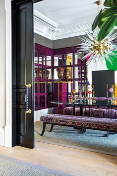 I get butterflies for interiors with a bold take on color. This home in Madrid, belonging to designer, Luis García Fraile has me droo. Modern Interior, Room Interior, Interior Styling, Interior Decorating, Interior Design, Decorating Ideas, Bespoke Furniture, Luxury Furniture, Interior Inspiration