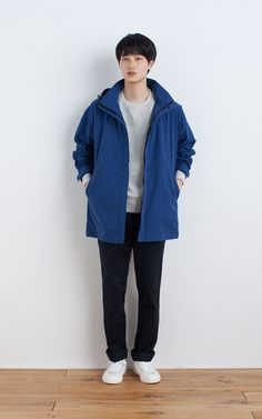 MUJI | WATER REPELLENT NYLON MIX HOODED COAT | OGC UNEVEN YARN FRENCH TERRY SWEAT SHIRT | WATER REPELLENT ORGANIC COTTON SNEAKERS