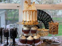 Confetti Cupcakes, Gatsby Theme, Birthday Candles, Table Decorations, Desserts, Food, Tailgate Desserts, Deserts, Essen
