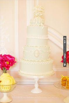 mint wedding cake | CHECK OUT MORE IDEAS AT WEDDINGPINS.NET | #weddingcakes