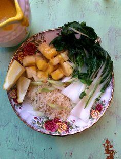 Le meilleur truc pour avoir du tofu vraiment croustillant, c'est de l'enrober de fécule de maïs avant de le cuire. Ça fait vraiment toute la différence. En plus, de cette façon, il est …