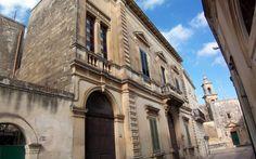 Γνωρίστε τα ελληνικά χωριά της Ιταλίας Louvre, Building, Travel, Greece, Viajes, Buildings, Destinations, Traveling, Trips