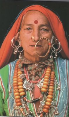 Woman with jewlery, India (from (un)Fashion)
