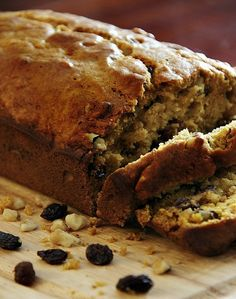 Delicious recipe for walnut raisin pumpkin bread. This easy recipe is perfect for fall. Walnut raisin pumpkin bread recipe. Easy to make and delicious.