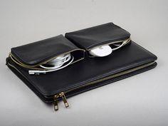 Leather Simplism Apple Air Zipper around Portfolio by leathercase