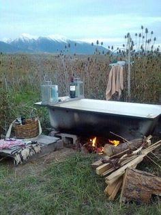 21 bathtubs where we'd soak up the view