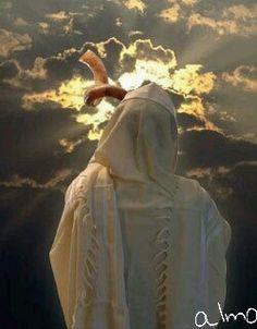 """Jr. 31,10-14   Escuchad, pueblos, la palabra del Señor, anunciadla en las islas remotas: """" el que dispersó a Israel lo reunirá, lo guardará como un pastor a su rebaño; porque el Señor redimió a Jacob, lo rescato de una mano más fuerte.""""  Vendrán con aclamaciones a la altura de Sión, afluirán hacia los bienes del Señor: hacia el trigo y el vino y el aceite, a los rebaños de ovejas y de vacas; su alma será como un huerto regado, y no volverán a desfallecer.  Entonces se alegrará la…"""