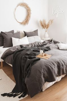 p/kinder-speelgoed - The world's most private search engine Decoration Inspiration, Room Inspiration, Bedroom Inspo, Home Decor Bedroom, Small Space Interior Design, New Room, Home Decor Styles, Interior Design Living Room, Future