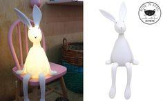 lampe veilleuse enfant lapin blanc par Rose in April