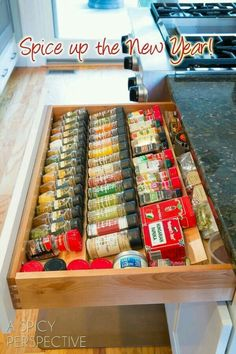 The Spice Drawer – I must have this in my kitchen! – Dee Parker The Spice Drawer – I must have this in my kitchen! The Spice Drawer – I must have this in my kitchen! Kitchen Redo, Kitchen Pantry, New Kitchen, Kitchen Ideas, Kitchen Cabinets, Design Kitchen, 1960s Kitchen, Country Kitchen, Black Cabinets