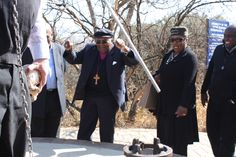 Archbishop Emeritus Desmond Tutu shows his excitement at learning how the Millenium Sundial at the Sterkfontein Caves, in the Cradle of Humankind, works.