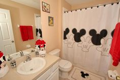 Stunning Mickey Mouse Bathroom Set 44 For Your Small Home Decor mickey mouse bathroom decor - Bathroom Decoration Mickey Mouse Bathroom, Mickey Mouse House, Mickey Y Minnie, Minnie Mouse, Disney Mickey, Mickey Mouse Curtains, Disney Rooms, Disney House, Disney Home Decor