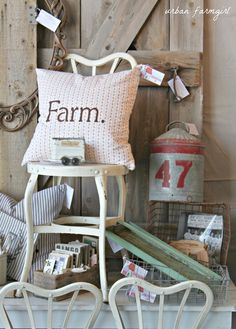 urban farmgirl: na da farm barn sale display