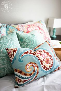 Great Beachy + Boho color palette for the bedroom or living room.