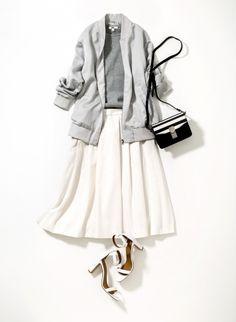 一枚買い足すだけでグッと今っぽくなる3つのトレンドスカート&スカンツを紹介。人気スタイリスト・楠玲子さんのスタイリングで、その着こなしバリエーションを提案します。01/ハリふわタックスカートスタイルがよく見えるひざ丈&ハリ感のあるさらりとした生地できれいめな印象に。ウエストタックがつくる立体的なディティールが、腰回りやヒップをさり気なくカバーしてくれます。さらにイージーケア加工でお手入れもらくちん...