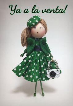 Brooch doll miniature