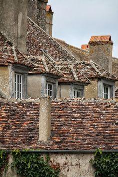 HerzStück, Burgund, Burgundy, France, Frankreich, Vézelay Floating Bed, France, Source Of Inspiration, Burgundy, Cabin, House Styles, Building, Summer, Home Decor