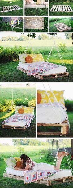 DIY Hanging Pallet Bed – Love This! Good idea to use crib/toddler bed mattress w… DIY Hanging Pallet Bed – Love This! Good idea to use crib/toddler bed mattress when no longer in use. Hanging Pallet Beds, Outdoor Hanging Bed, Pallet Swing Beds, Diy Pallet Bed, Diy Hanging, Diy Pallet Projects, Pallet Ideas, Garden Pallet, Outdoor Pallet