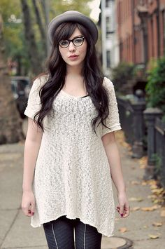 Slouchy open knit sweater by Free People, glasses by Ray Ban / Keiko Lynn
