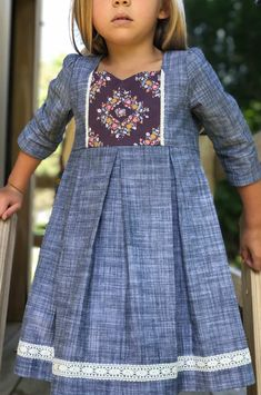 New Ideas sewing patterns girls dresses inspiration Sewing Patterns Girls, Girl Dress Patterns, Sewing For Kids, Sewing Ideas, Sewing Projects, Skirt Patterns, Coat Patterns, Blouse Patterns, Knitting Patterns