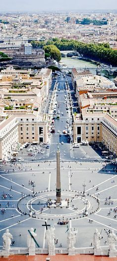 St. Peter's Square in Vatican State | Amazing Photography Of Cities and Famous Landmarks From Around The World