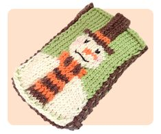 Free Knitting Pattern - Phone, Tablet & Laptop Covers: Snowman Mobile Phone Case