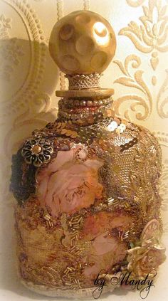decanter covered with vintage lace, beads, liquid gold leaf Antique Perfume Bottles, Vintage Bottles, Bottles And Jars, Vintage Perfume, Glass Jars, Glass Bottle Crafts, Diy Bottle, Bottle Art, Bottle Lamps