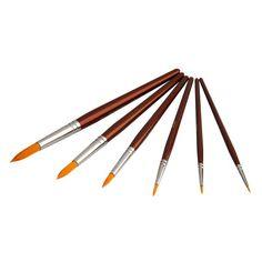 Nämä keinokuitusiveltimet sopivat sekä akryyleillä että vesiväreillä tai nappipeiteväreillä maalaamiseen