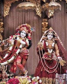Krishna Radha, Lord Krishna, Krishna Janmashtami, Krishna Painting, Indian Festivals, Hare, Samurai, Princess Zelda, Fictional Characters