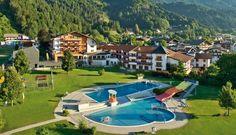 HOTEL SCHWARZBRUNN ****S Wellness Hotel | Tirol | Österreich.Erleben und genießen Sie Ihren Urlaub mit erstklassigem Service, gemütlicher Atmosphäre, topausgestatteten Zimmern und Suiten im Tiroler Landhausstil, kulinarischen Köstlichkeiten und einem neuen Spa mit 3.000 m², das für Entspannung pur sorgt. Bildrechte Hotel Schwarzbrunn Zanella-Kux Fotografie. www.leadingspa.com #leadingsparesort #wellness #leading #spa #resort #schwarzbrunn #tirol  #オーストリア #австрия