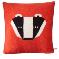 Badger Cushion / Donna Wilson