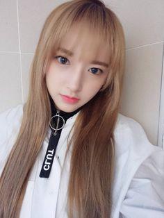 Cheng Xiao (WJSN) - Selcas Kpop Girl Bands, Beautiful Chinese Girl, Cheng Xiao, Asian Celebrities, Cosmic Girls, Asia Girl, Ulzzang Girl, Korean Girl Groups, Kpop Girls