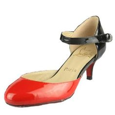 7eee2aad5655 Big debate  What are your thoughts on the kitten heel