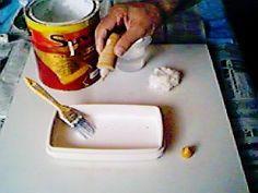 As pátinas são formas de acabamento que visam transformar a aparência original da madeira ou metal, geralmente usadas para envelhecer ou dar aparência de muito uso. Uso Pátina Envelhecida , esta técnica se presta bem à aplica...