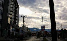 El camino a la felicidad #happy #road #nevadodelruiz #manizales #colombia #travel #sky #cloud #outdoors #sun #wakeup #sunrise #happynewyear