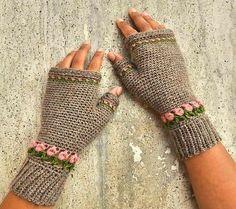 10 Free Crochet Fingerless Gloves Patterns Tulip Fingerless Gloves Free Crochet Pattern Learn the ru Crochet Mittens Free Pattern, Fingerless Gloves Crochet Pattern, Fingerless Mitts, Free Crochet, Crochet Patterns, Crochet Hand Warmers, Bandeau, Crochet Accessories, Crochet Crafts