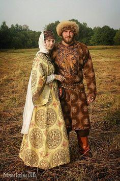 Medieval Slavic Costume Of Russia