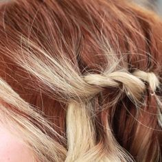 Quick Boho Knots for Layered Hair (Works for Thin Hair as Well) (Thin Hair Tutorial) Hair Day, New Hair, Trendy Hairstyles, Braided Hairstyles, Hairstyles Videos, Wedding Hairstyles, Layered Hair, Hair Hacks, Hair Inspiration