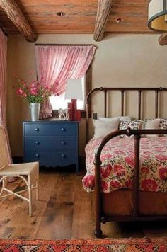 10 Ideas for Decorating with Painted Furniture ~ Humpdays with Houzz - Town Country Living -why is this room so simple and gorgeous. Like my dream house bedroom Sophisticated Bedroom, Cozy Cottage, Rustic Cottage, Maine Cottage, Home Bedroom, Farm Bedroom, Shabby Bedroom, Bedroom Curtains, Bedroom Ideas